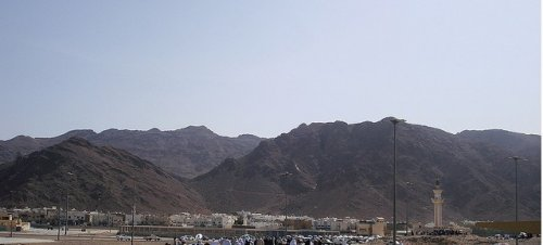 Uhud Site-of-Ghazwah-Uhud-at-the-plains-and-slopes-of-Mount-Uhud-Site.jpg