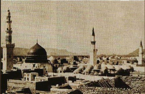 Rare-Photos-of-Madina-A-rare-Black-White-photo-of-Masjid-an-Nabawi-Madina-Old-Rare-Pictures-of-Madina.jpg