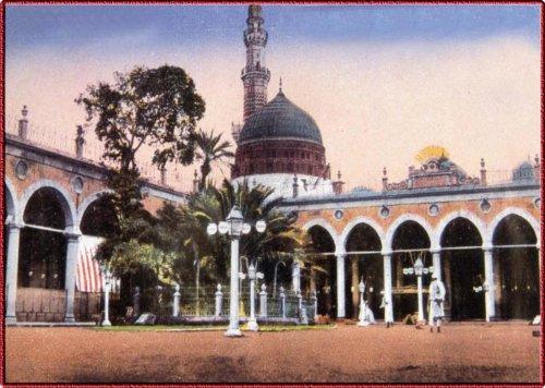 masjid-al-nabawo old.jpg