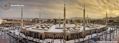 Masjid nabawi_Panorama.jpg