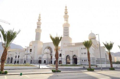 Aisha Al-Rajhi Mosque.j2.jpg