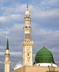 minaret by the dome3.jpg