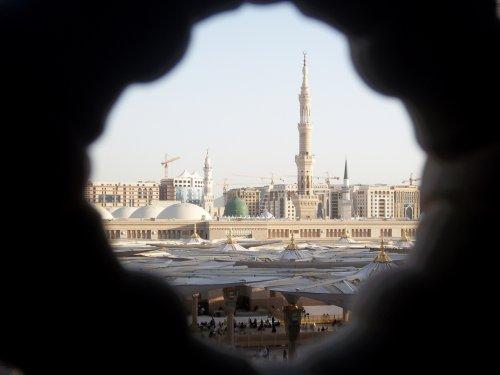 masjid nabawi through desig 2.jpg