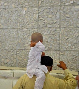 stoning at jamarat - little boy.jpg